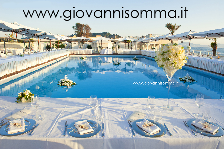 Matrimonio Sulla Spiaggia Napoli : Matrimonio in spiaggia sposarsi al mare le location più