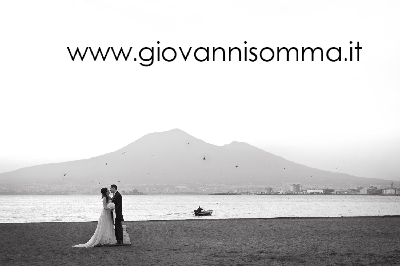 Matrimonio In Spiaggia Napoli : Matrimonio in spiaggia sposarsi al mare le location più